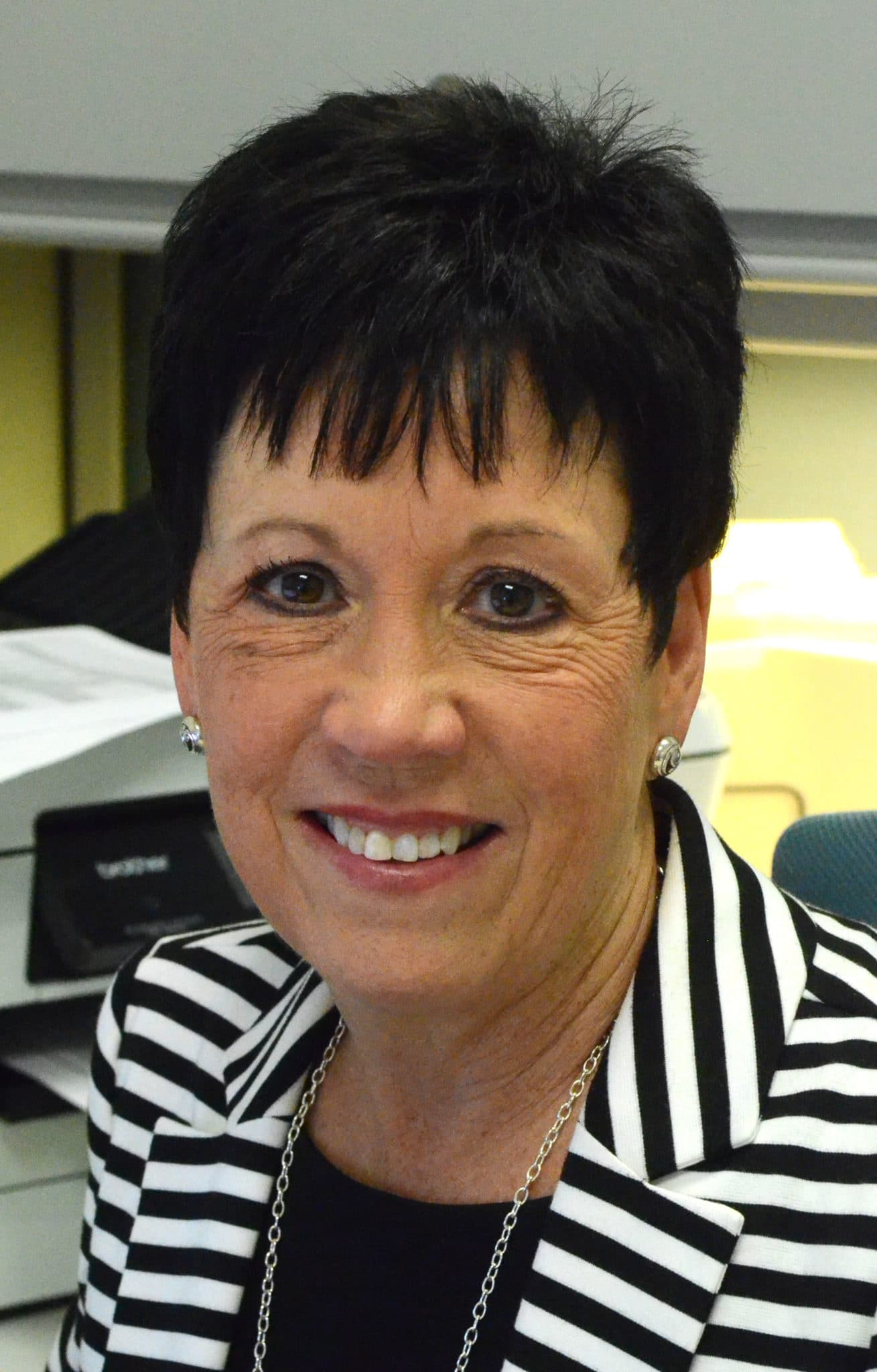 Leila Osting : Human Resources Director