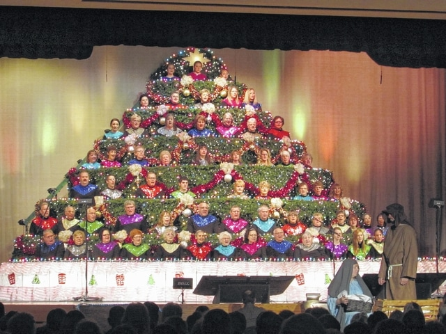 Living Christmas Tree choir celebrates season - The Lima News