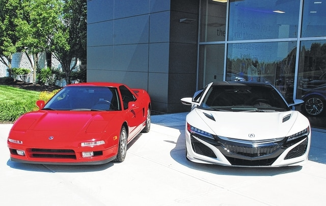 2017 acura nsx rolls off line the lima news. Black Bedroom Furniture Sets. Home Design Ideas