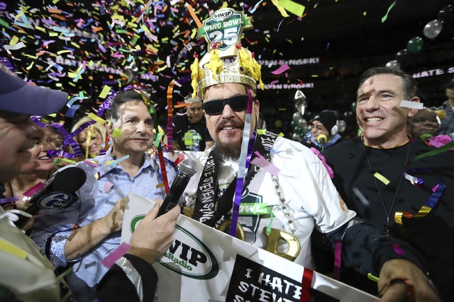 get this notorious b o b downs 409 wings to reign at wing bowl