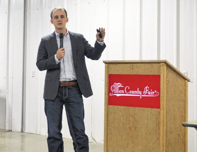 Cambell Parrish, director of consumer marketing and public relations for the Ohio Beef Council, discusses how the industry is adapting to evolving consumer demands in the age of smart phones and social media at a chamber event Friday morning.