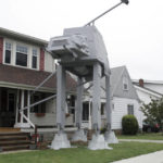 Man builds 2-story 'Star Wars' vehicle replica for Halloween