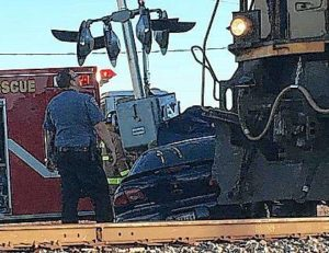 Car struck by train in Putnam County