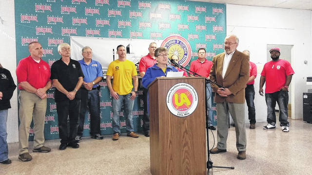 United Food and Commercial Workers Local 75 member Cherie Lyn announced her union's support for Lima Mayor David Berger's re-election Wednesday.