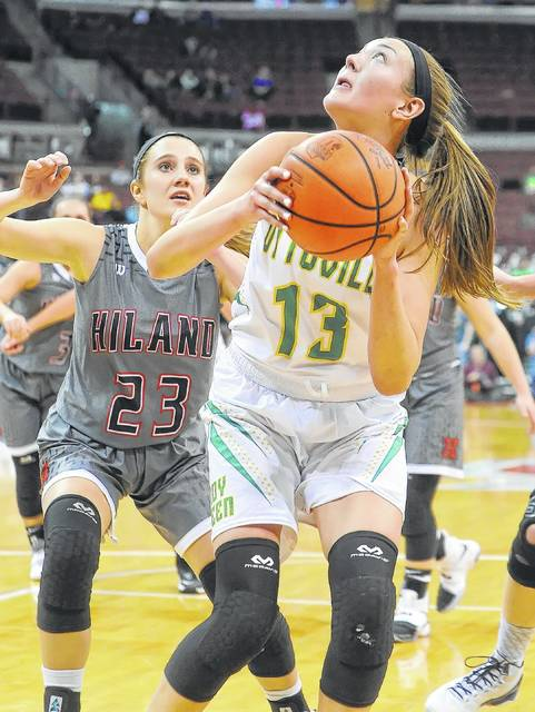 Ottoville's Bridget Landin shoots against Berlin Hiland's Angela Troyer during the state semifinal last year. Landin is back for the Big Green, who are shooting for another trip to Columbus this year.