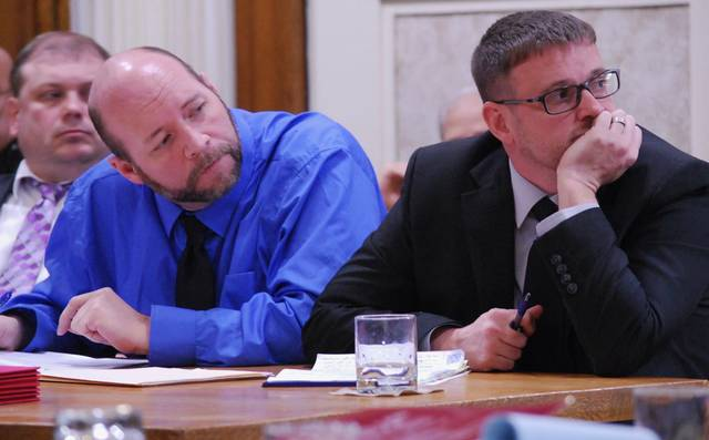 "J Swygart | The Lima News Gerrick ""Tony"" Sheldon is flanked by his attorneys, Rocky (left) and Jeff Ratliff, as they listened to closing arguments Tuesday in Sheldon's trial in a Hardin County courtroom."