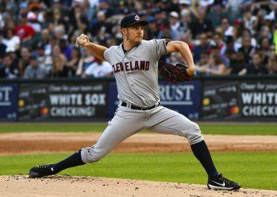 Cleveland's Trevor Bauer won his fourth straight start Saturday night against the White Sox in Chicago. (AP photo)