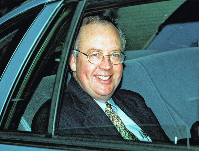 "Kenneth Starr, the former independent counsel whose investigation led to President Bill Clinton's impeachment, writes in his upcoming book that if Monica Lewinsky had cooperated with his probe from the beginning, ""the country would not have been dragged through an eight-month ordeal."""