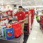 Stores dangle discounts, gift cards for seasonal workers